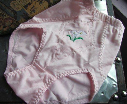 betty draper pink briefs