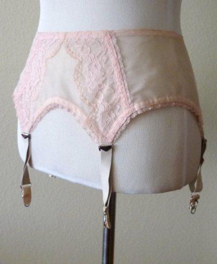 Betty Draper pink garter