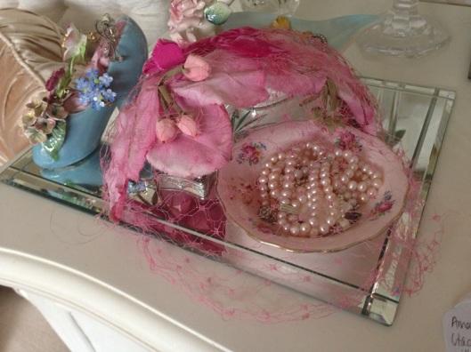 pink rose bud hat
