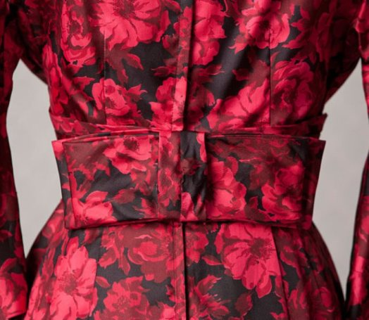 joan red rose dress back