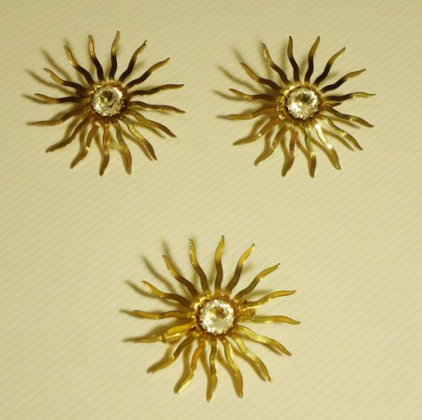 joanie star brooch set