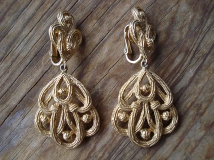 triafri earrings